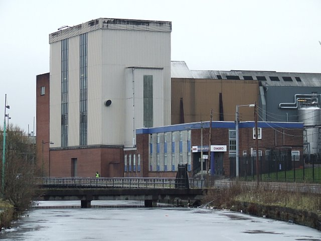 port_dundas_distillery_-_geograph-org-uk_-_1171459